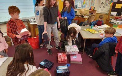 Christmas Shoebox Appeal – Team Hope